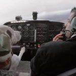 飛行機を操縦する犬がいる!?驚きの結果は?車を運転する犬も!?犬は保護犬で目的はなに?動画あり!【世界まる見え】