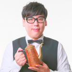 平岡佐智男(コーヒールンバ)のネタ動画や経歴・美味しいコーヒーの淹れ方は?コーヒー芸人に彼女は?【マツコの知らない世界】